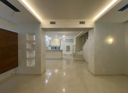 5-комнатная квартира, 245 м²