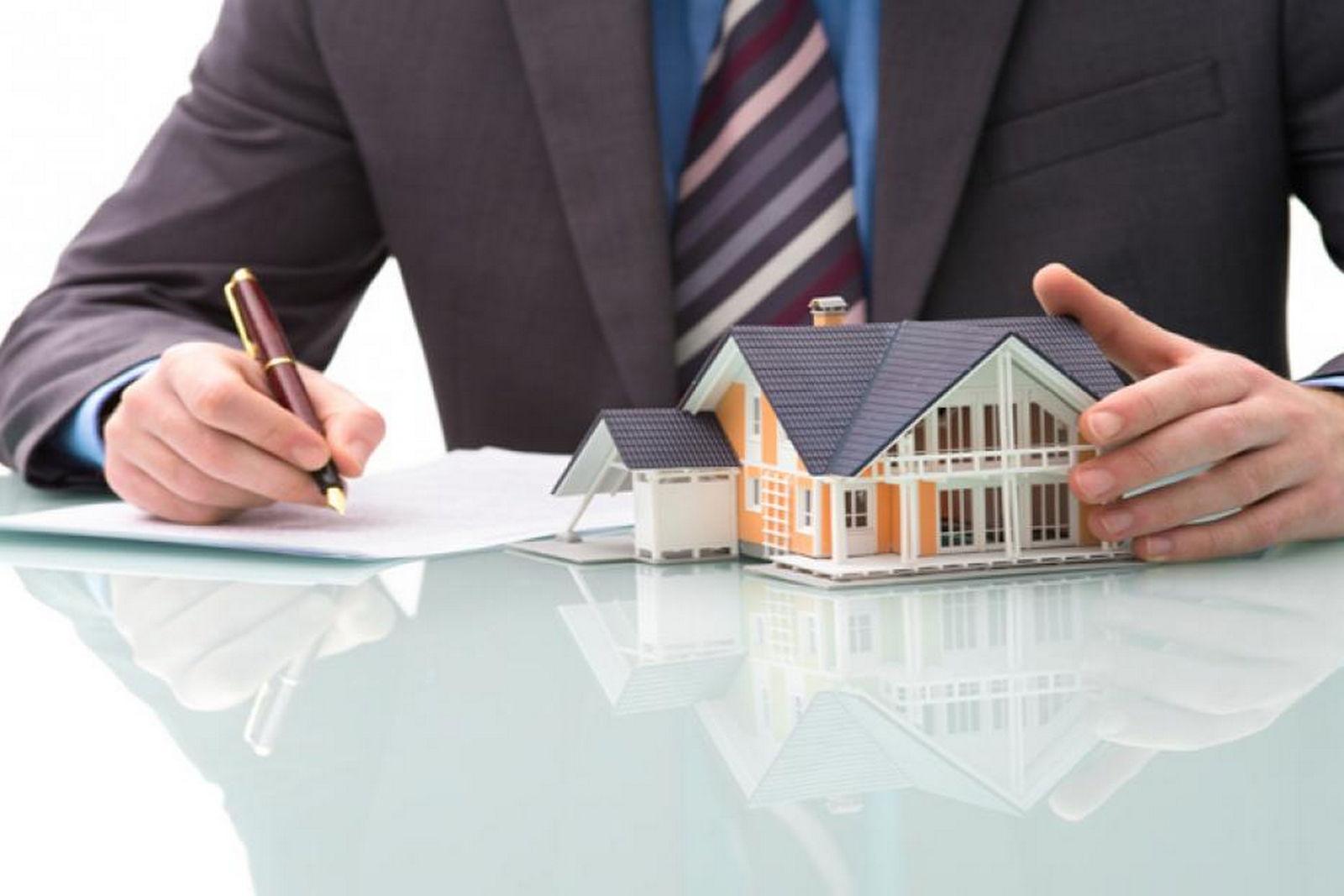 В России запретят проводить сделки с недвижимостью, по которой есть задолженность