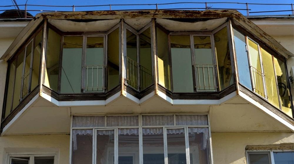 Верховный суд: перепланировку балконов нужно согласовать со всеми жителями дома